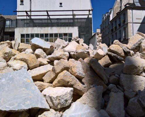 Démolition mur d'enceinte de la cour de l'école Massillon
